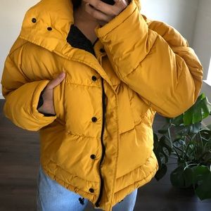 URBAN OUTFITTERS YELLOW PUFFER COAT
